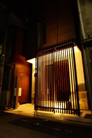 大正站徒步2分 整棟出租!心齋橋6分難波7分日本橋8分! 附免費行動wifi TSK2
