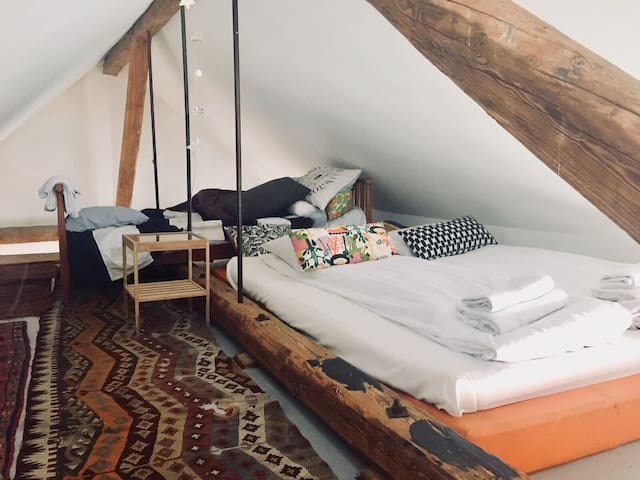 The loft room with extra beds