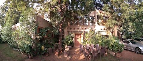 'Casa Amba'-Boutique Villa: Terrace Garden+Balcony