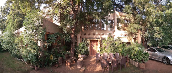 'Casa Amba' - Boutique 1 BHK Serviced Villa.