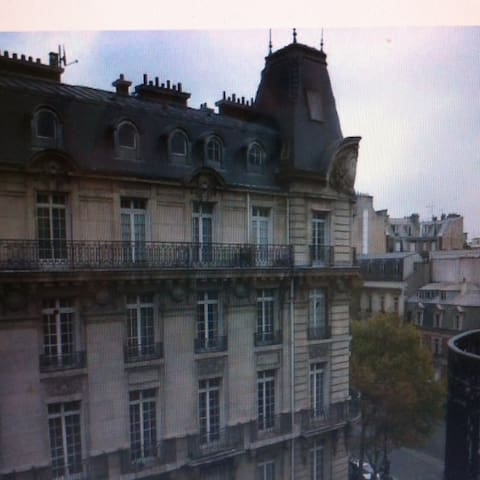 Appartement proche des Champs Elysées - Parijs - Appartement