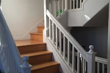 Entrance staircase to the living room/kitchen