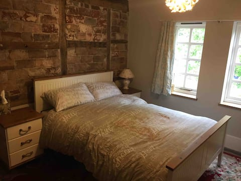 Historic Home in Shifnal (A)