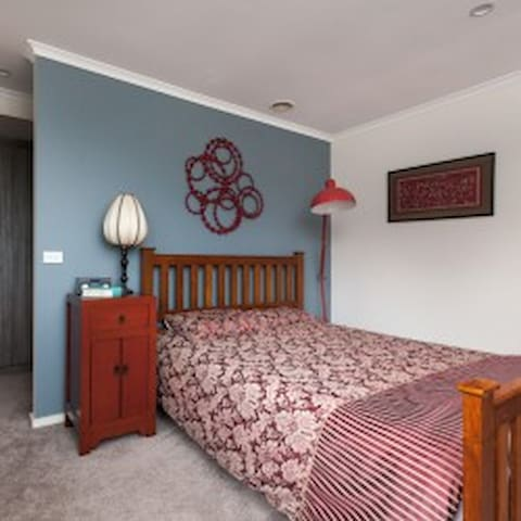 Relaxing stay close to CBD - Weston - Casa
