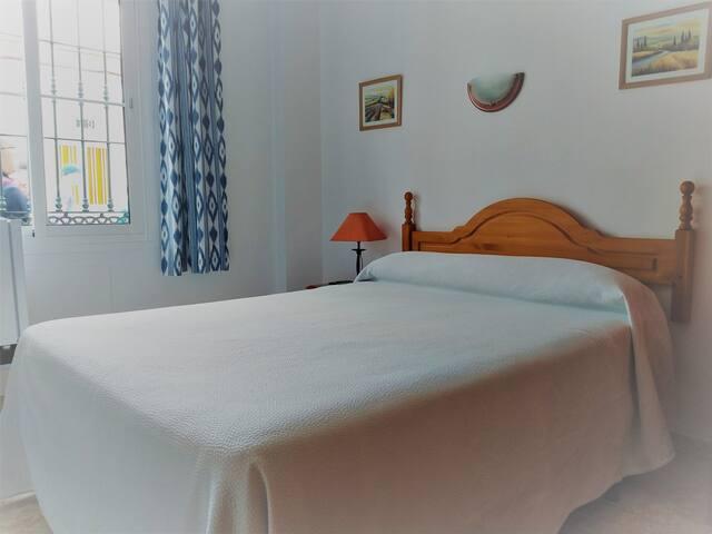 Hostal Andalucia Habitacion Doble Cama Matrimon 3