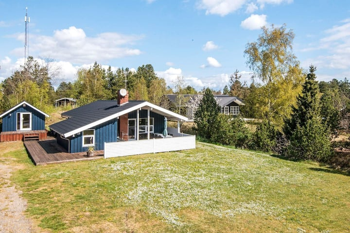 Plush Holiday Home in Ebeltoft with Terrace
