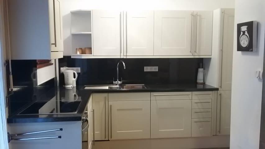 Spacious convenient Ski Apartment - Morzine - Apartament
