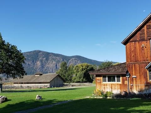 Farmhouse at Rockchuck Ranch with All-New Interior