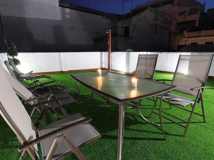 Parking gratuit et terrasse privée. Vieille ville de Cordoue. AL1