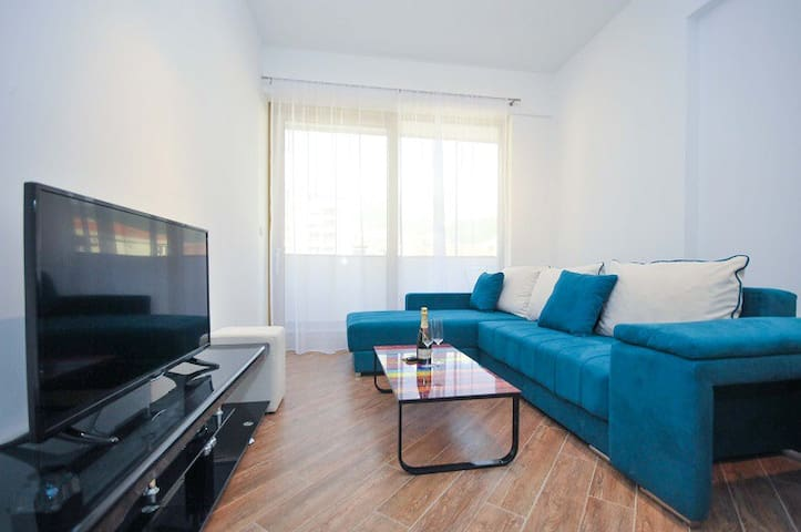 Lux Onebedroom apartment in the city centre,No.103