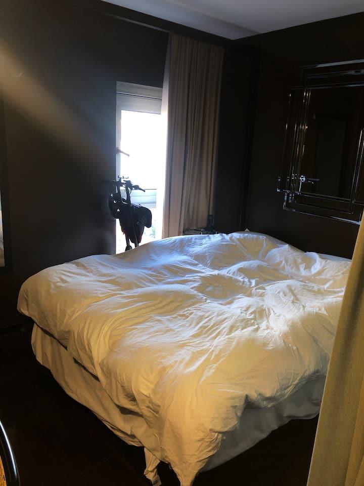 חדר במלון מדהים במיקום הכי טוב בעיר