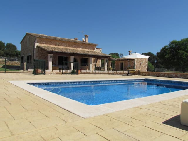 Charming country house with pool close to Palma - Algaida - House