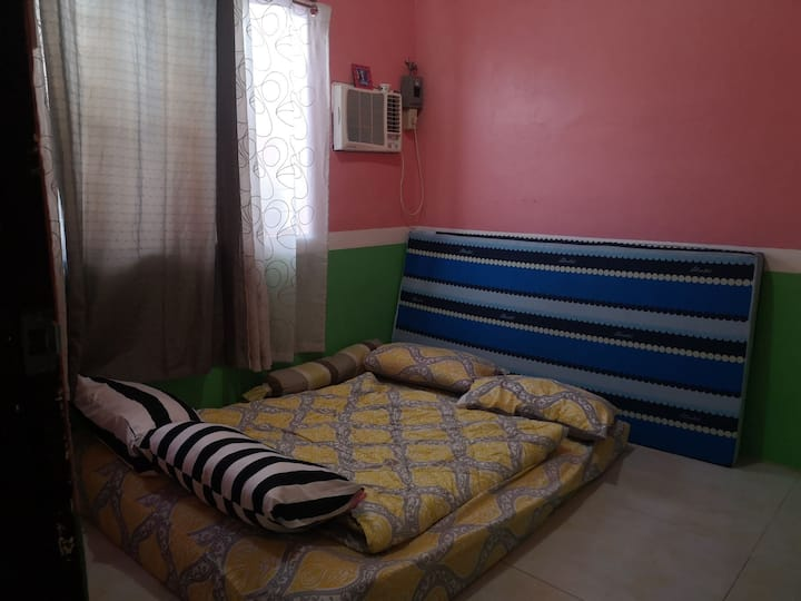 1 Bedroom accessible to Manila Tagaytay and Laguna