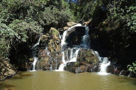 Rancho Cachoeira - Camping & Hostel - Pouso Alto
