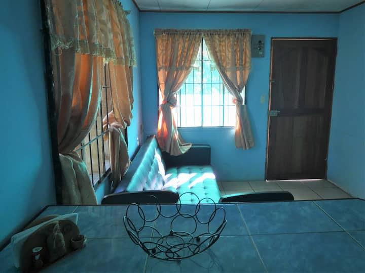 Little house in the center of Bahia Drake