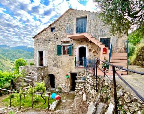 More a hory v Ligúrii: Rusticò Rocca