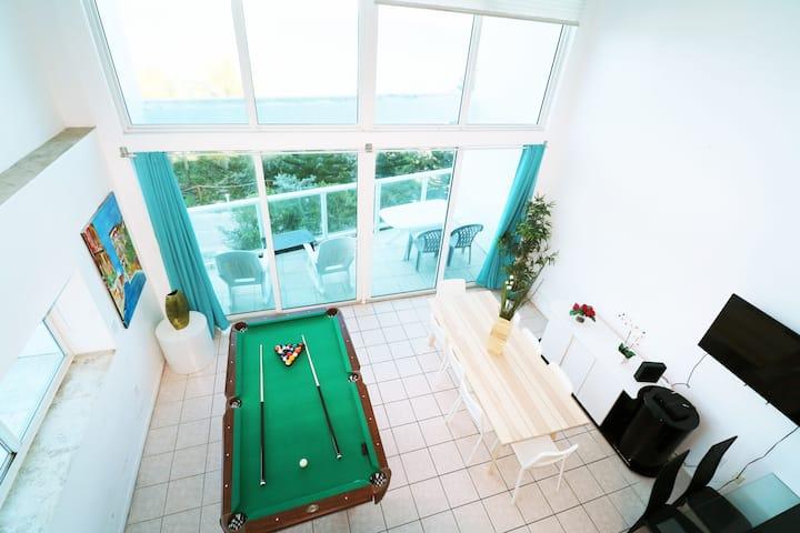 OceanTopBalcony LOFT Billiard Table, Beach&PoolGYM