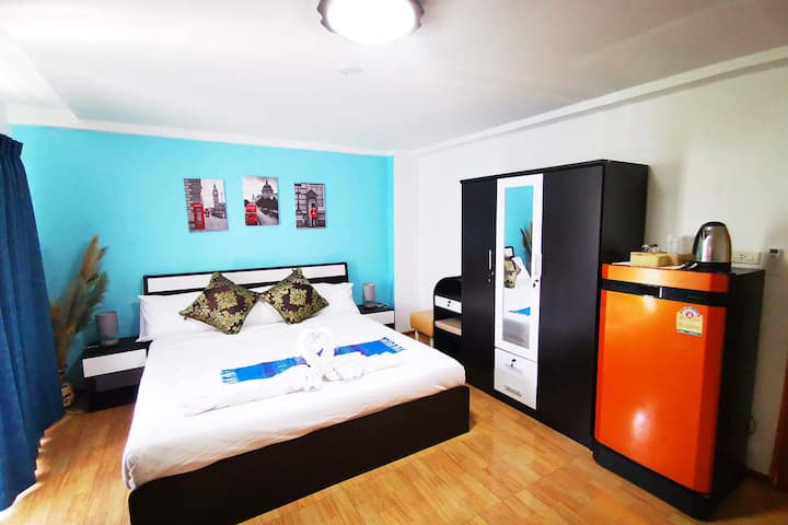 Krong House, King Room near walking street