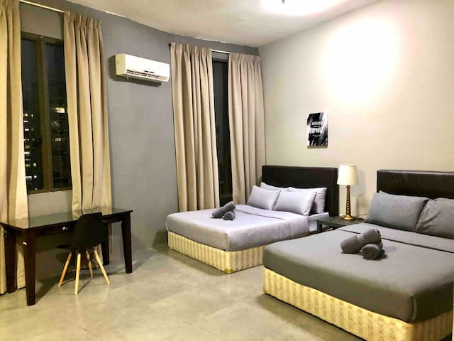 2 QUEEN BED STUDIO @ EMPIRE DAMANSARA