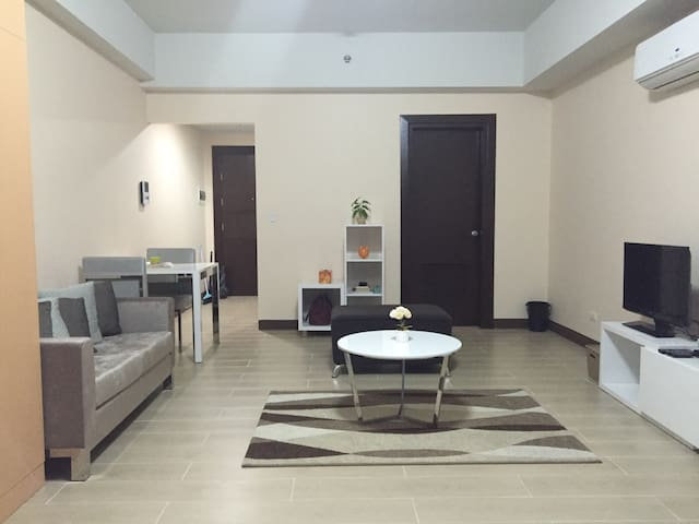 New Studio Suite In CBD Makati - Makati City - Appartement en résidence