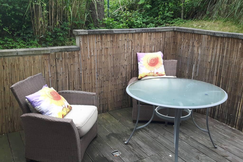 oase im k lner s den wohnungen zur miete in k ln nordrhein westfalen deutschland. Black Bedroom Furniture Sets. Home Design Ideas