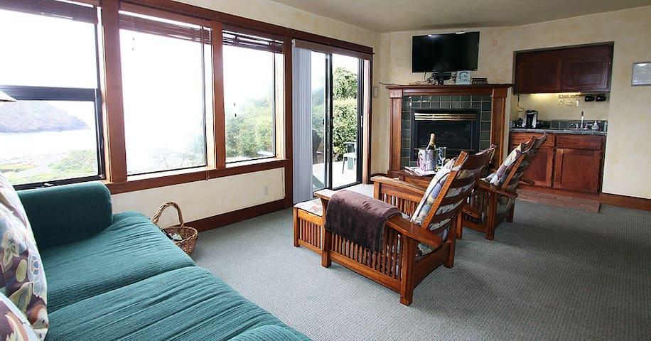 Drew Suite - Elk Cove Inn & Spa - Mendocino Coast