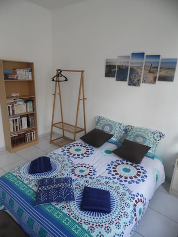 PRIVATE ROOM next to the city center of Saintes - Saintes - Apartmen