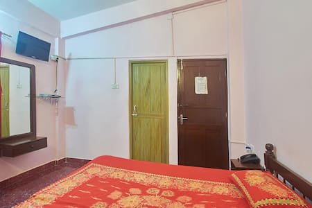 Air Conditioned Room for Two - Baga