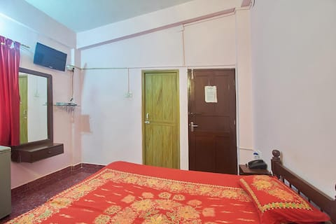 Air Conditioned Room for Two