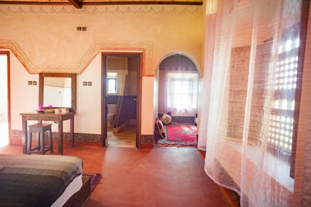 SUITE OKRAD FOR 4P or 3P - Ouarzazate - Bed & Breakfast