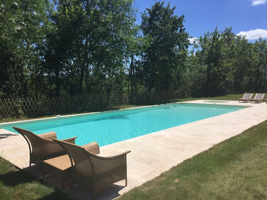 Heated pool and paddling pool with large pool hut