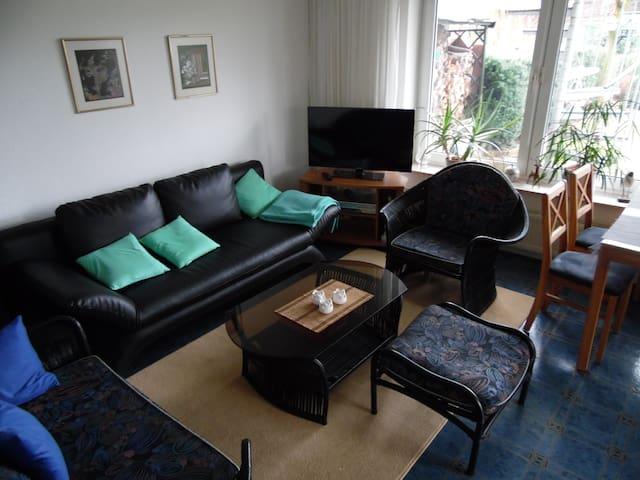 Gemütliche Zweizimmerwohnung an schönem Garten - Bückeburg - Lakás