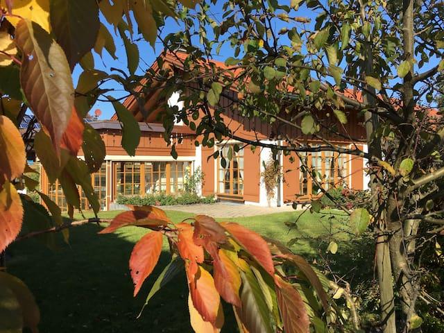 Gemütliches Ferienhaus im Allgäu mit Spa & Garten - Oberreute - Casa
