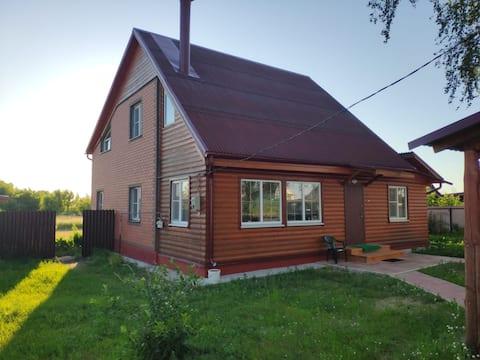 Дом на р. Тырница