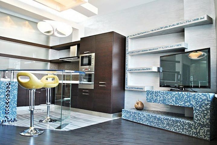 Studio near the sea and park - Odesa - Apartamento