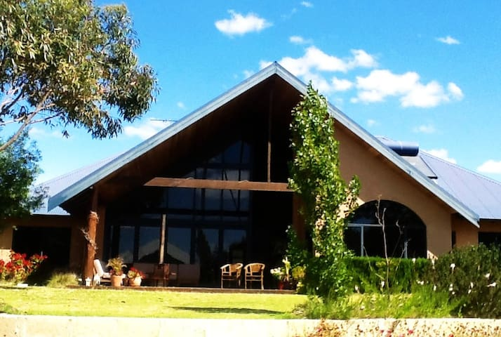 The Boat House - Geographe - Casa