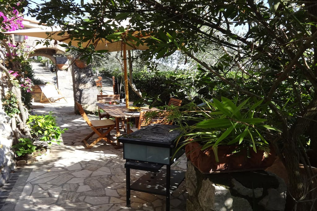 Outdoor space with barbecue bbq point at villa esposito in massa lubrense lettings vrbo