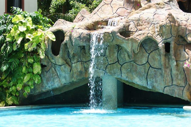 Alona Park residence 3 Alona Beach