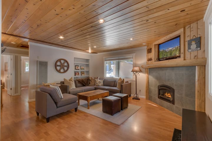 Willow - Tahoe Park 2 BR - Walk to Private Beach and Restaurants