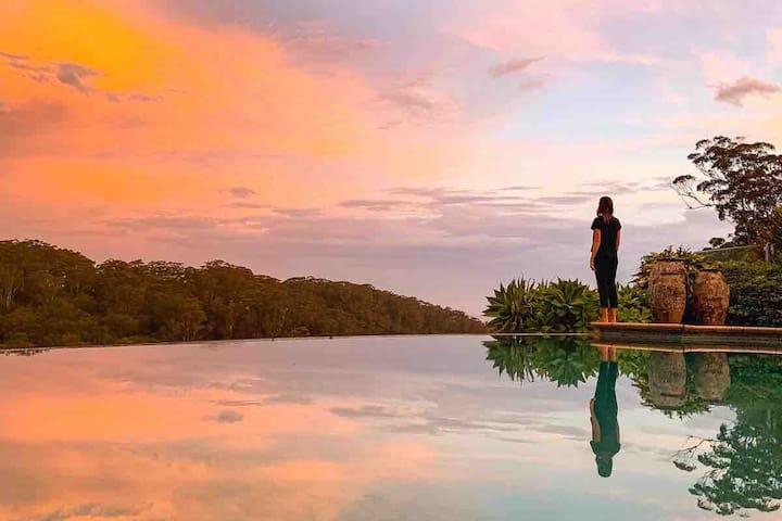 Super Luxury Cabana + Infinity Pool & Ocean Views