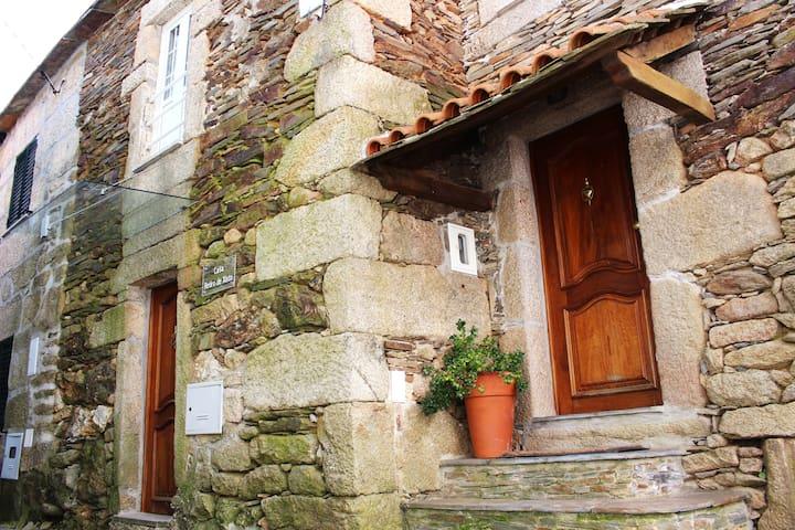 Casa Retiro de Xisto -Turismo Rural - Videmonte - Casa