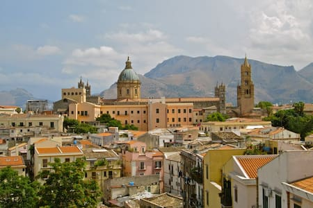 A Calm Gem With A Great View - Palermo - Apartment