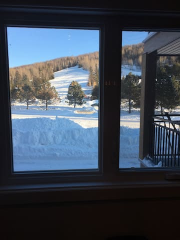 Ski in/Ski out 3br condo St-Sauveur - Saint-Sauveur - Appartement en résidence