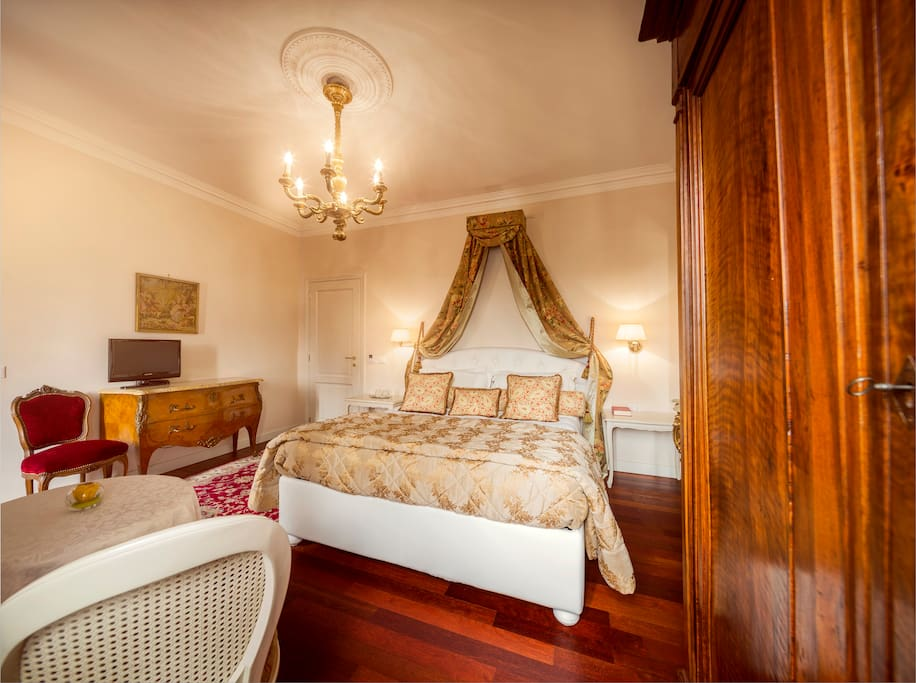 Camere in dimora storica a vicoforte boutique hotels for for Boutique hotel langhe