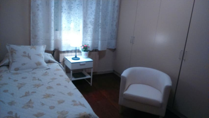 Solo traveler looking for coziness - El Prat de Llobregat - Apartament