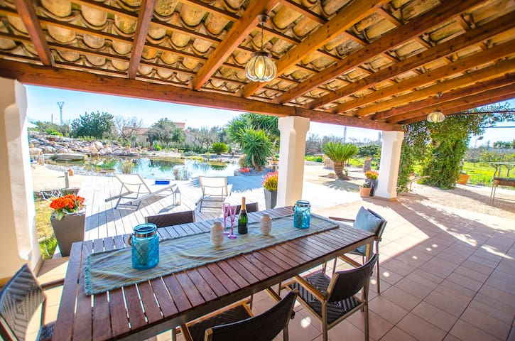 Villa ecológica, natural pool near the town, 4 pax