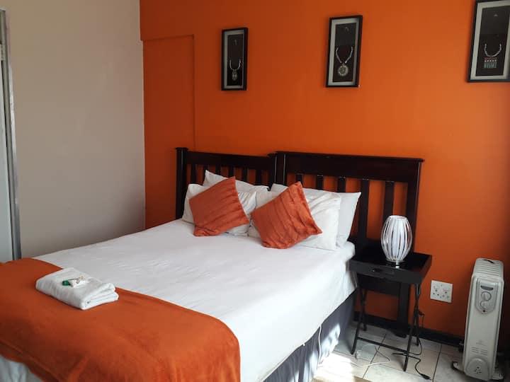 Village Court - Orange room