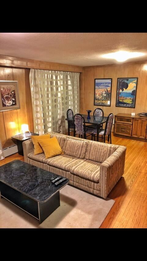 Spacious 1 bdrm suite