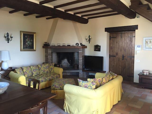 Umbrian Cottage - Gubbio - Hus