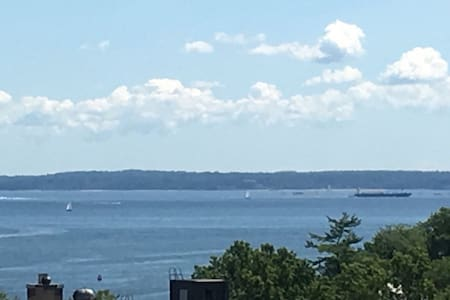 Near New York City with sea view - New Rochelle